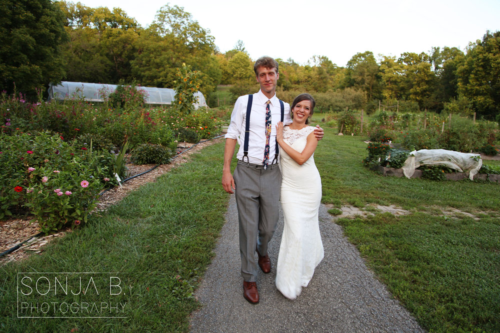 cincinnati wedding photography gorman heritage farm.jpg