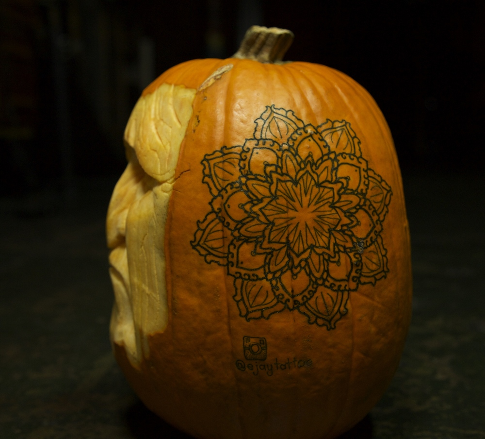 Pumpkin Carving 2 enrique bernal ejay tattoo.jpg