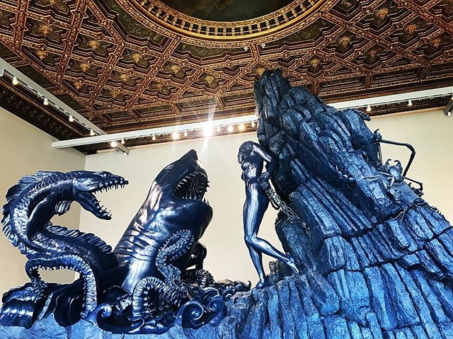 Scenes from the 'Unbelieveable'  Somewhere between lies and truth lies the truth.  #damienhirst #wreckoftheunbelievable #sculpture #art #visionary