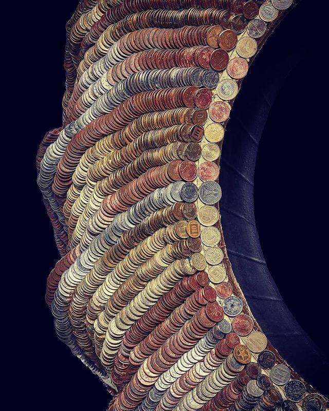 Close up shot  Photo by @maxlacome  #mixedmedia #britishart #artist #sculpture #money #contemporaryart #saatchi #bitcoin #artforsale #artcommunity #hackneyart