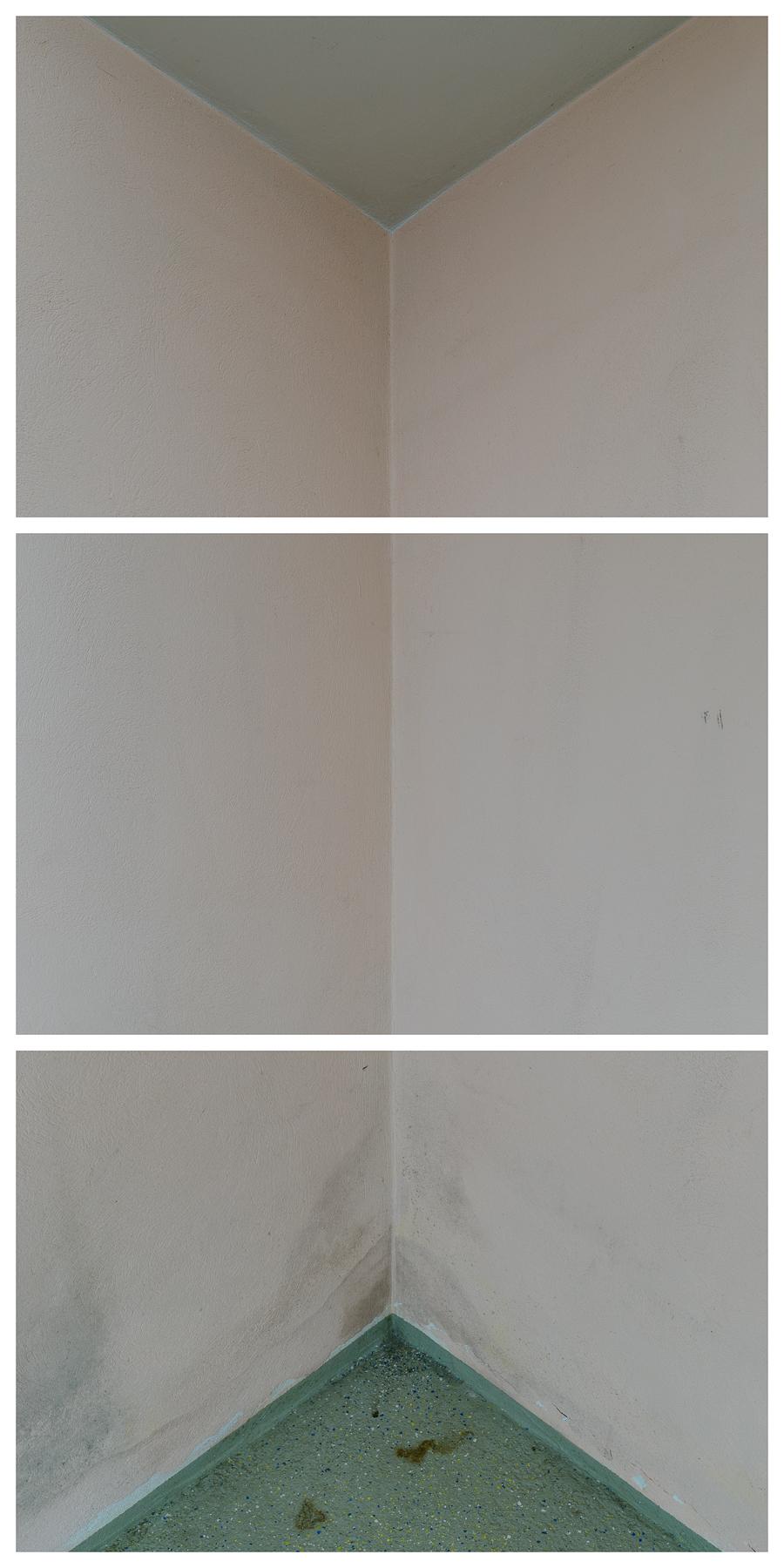 Raumecke, 2016 Inkjet-Pigmentdruck 3-teilig zu je 121,5 × 81 cm