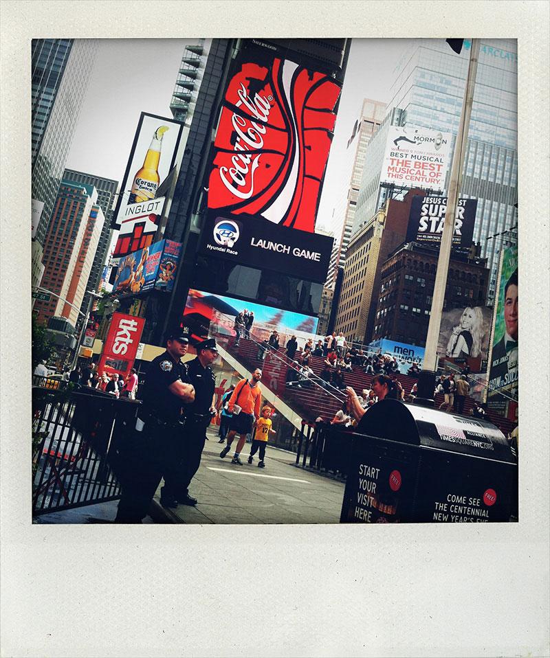 Manhattan-Diary-Polaroid-Fotografie-Times-Square-edition-wagner1972.jpg