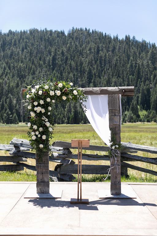 Wedding Arch Chico, Ca .jpg
