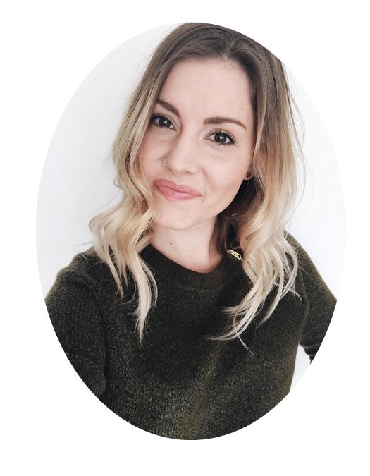SarahThomasHeadshot