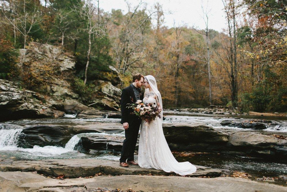 Autumn Wedding Inspiration - Moody Wedding Ideas