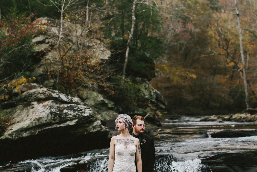 Autumn Wedding Inspiration - Folky Fall Wedding Shoot