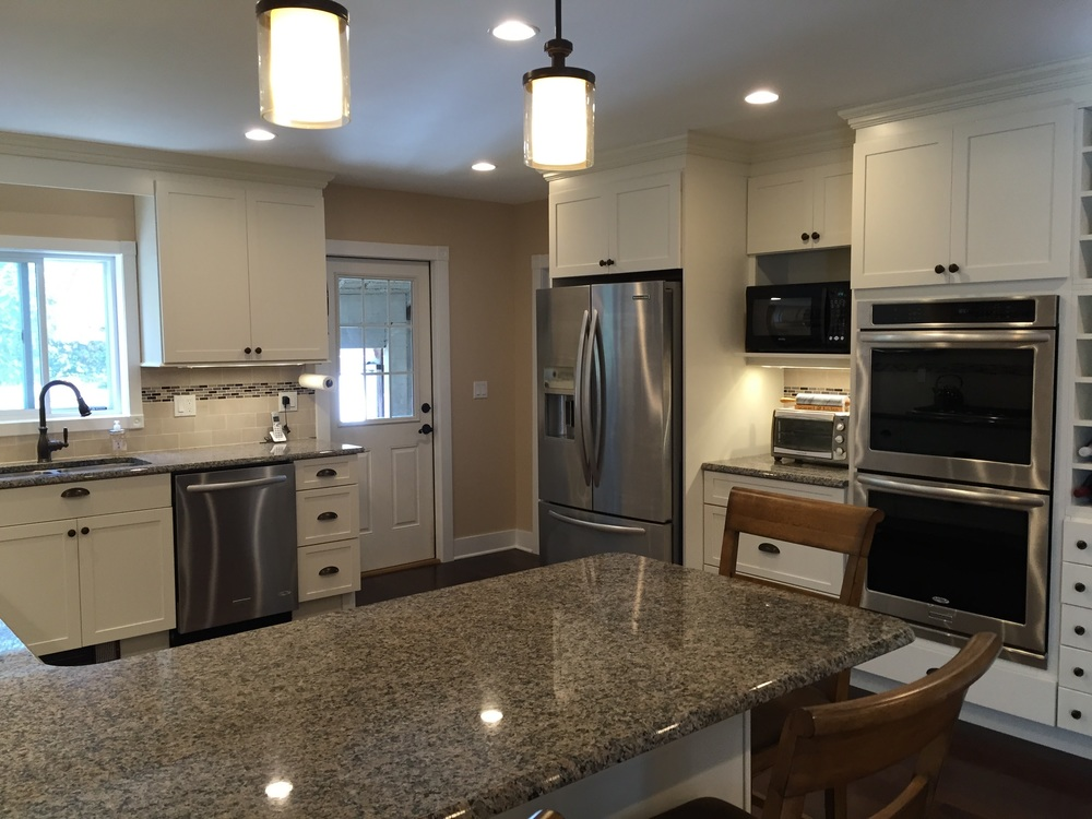 Kitchen remodel Niantic 224.jpg