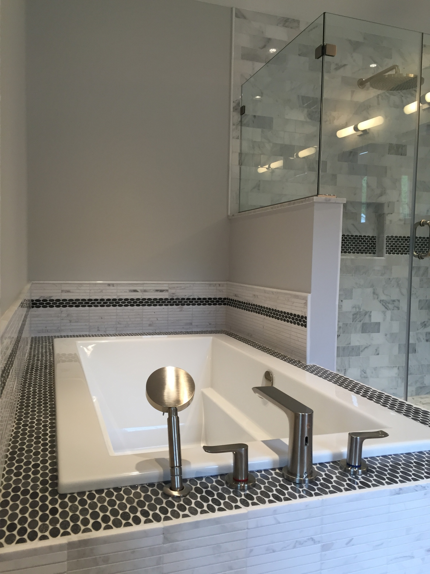 Home Remodeling Additions Kitchens Basements Bathrooms And Decks - Bathroom remodel must haves