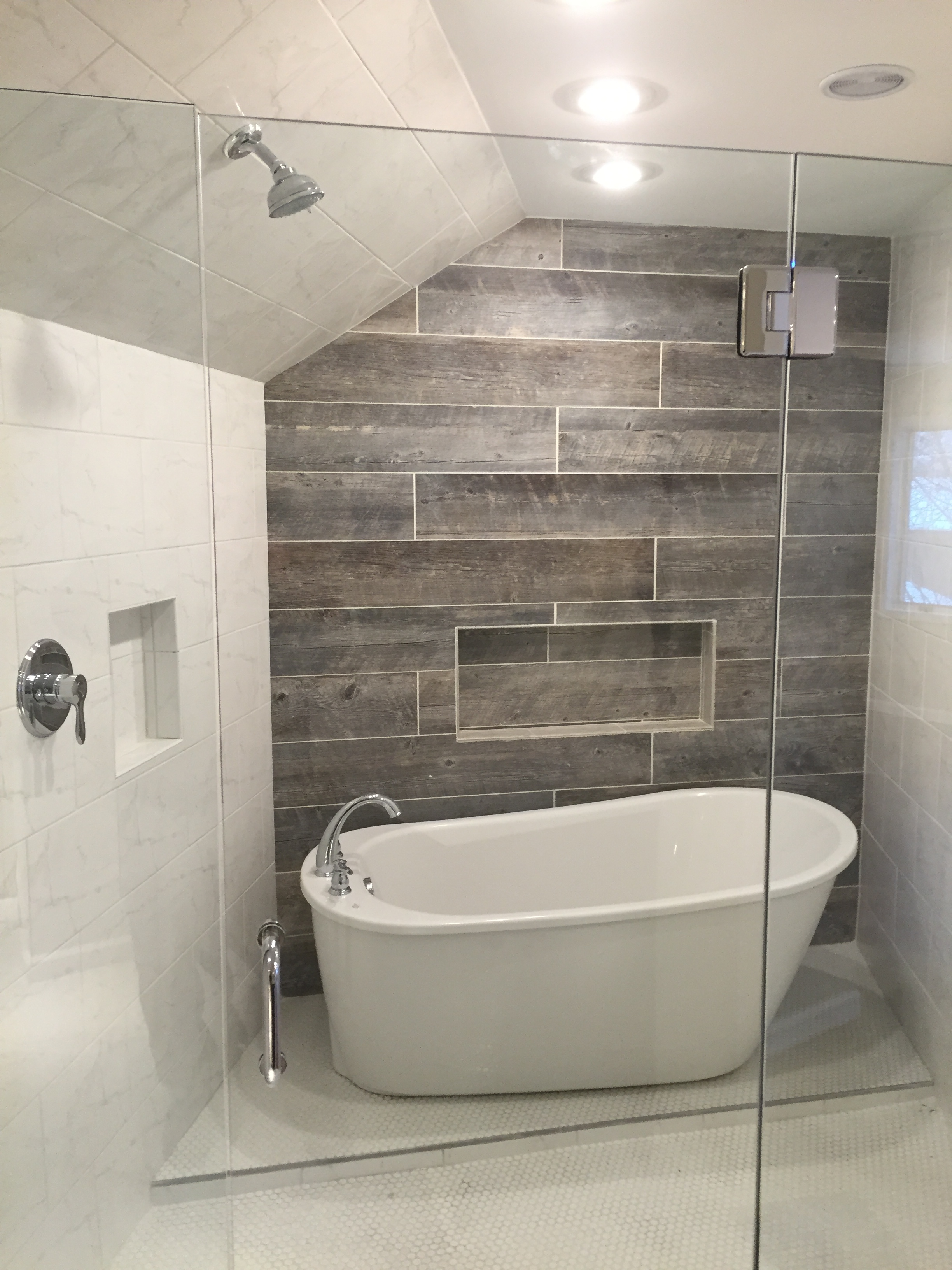 Etonnant Home Remodeling, Additions, Kitchens, Basements, Bathrooms And Decks  Niantic CT | Bathroom Designs: A Photo Story Of Crew Favorites U2014 Shaw  Remodeling