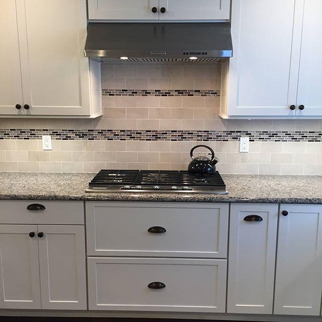Rethink, redo, remodel 😍 #makeityourown#makeitbeautiful#kitchendesign #remodeling #renovations #designideas #kitchen #backsplash #tile #whitecabinets #shawremodeling #niantic