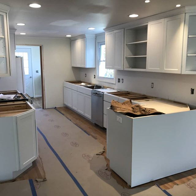 We are loving the progress in this new kitchen! This space is going to be gorgeous!  #sneakpeek #kitchenremodeling#renovation #remodelingcompany #kitchendesign #whitecabinets #eastlyme #rethinkredoremodel #kitchen #ideasandinspiration #contractor #homeowners #makeityourown #makeitbeautiful