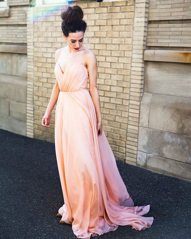 A pink wedding dress, yes!! @leannemarshallofficial