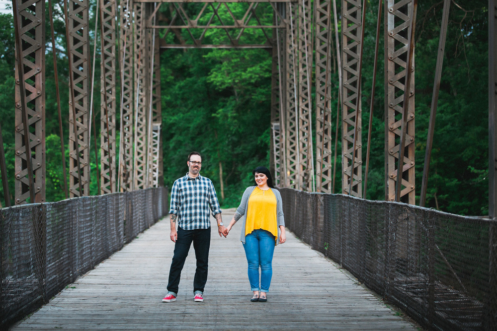 27-engagement-pictures-minneapolis.jpg