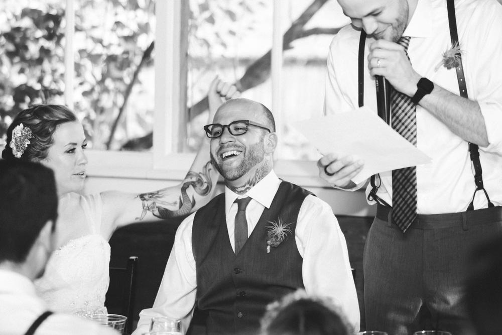 35-stout-island-lodge-wisconsin-wedding.jpg