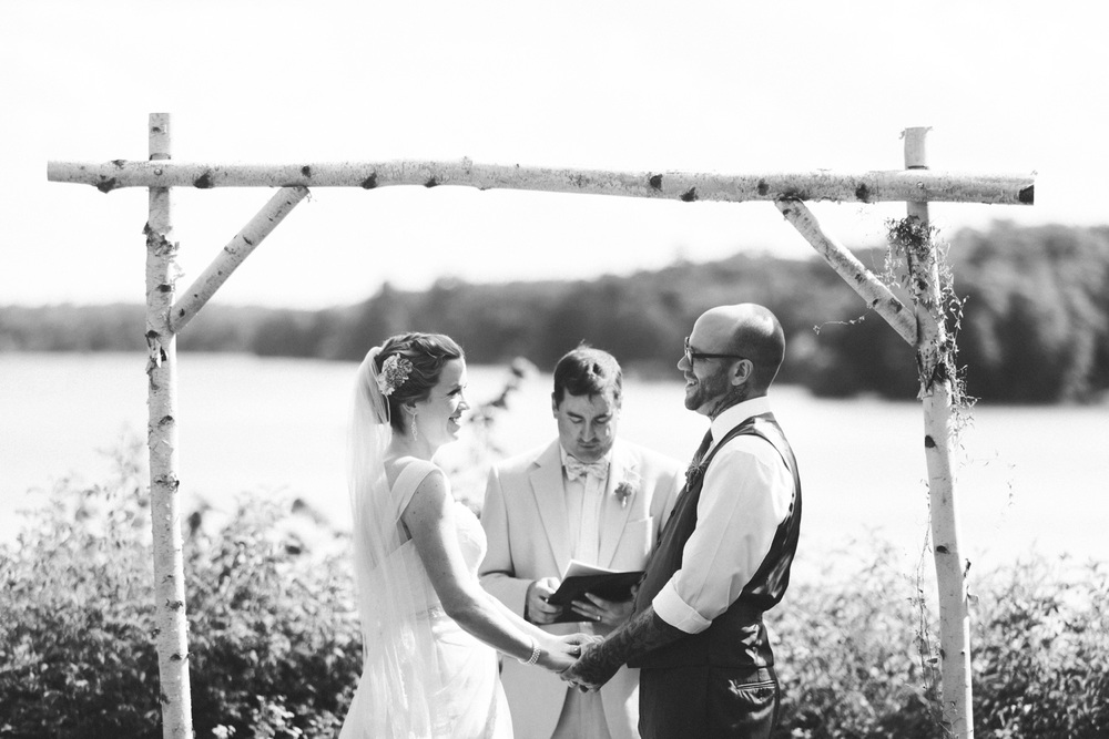 53-stout-island-lodge-wisconsin-wedding.jpg