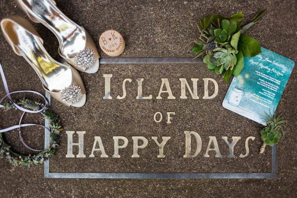 stout island lodge