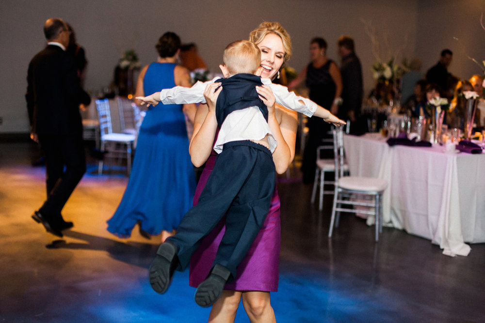 13-muse-event-center-wedding-minneapolis-photographer.jpg