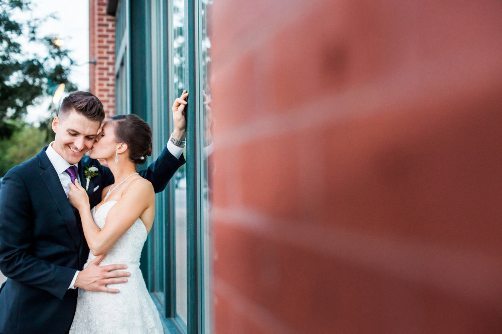23-muse-event-center-wedding-minneapolis-photographer.jpg