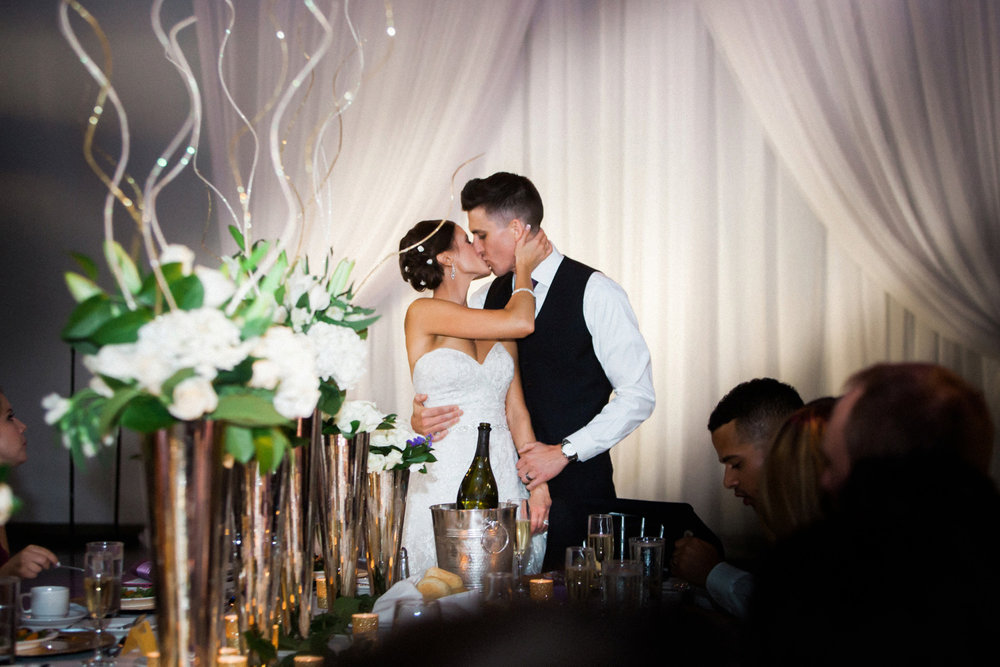 27-muse-event-center-wedding-minneapolis-photographer.jpg