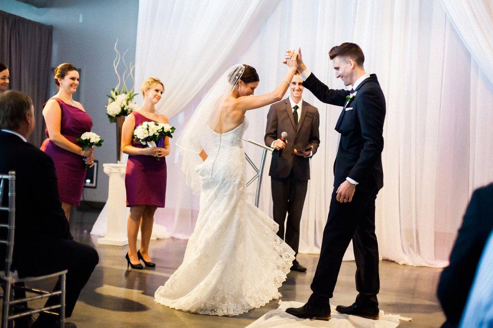 37-muse-event-center-wedding-minneapolis-photographer.jpg
