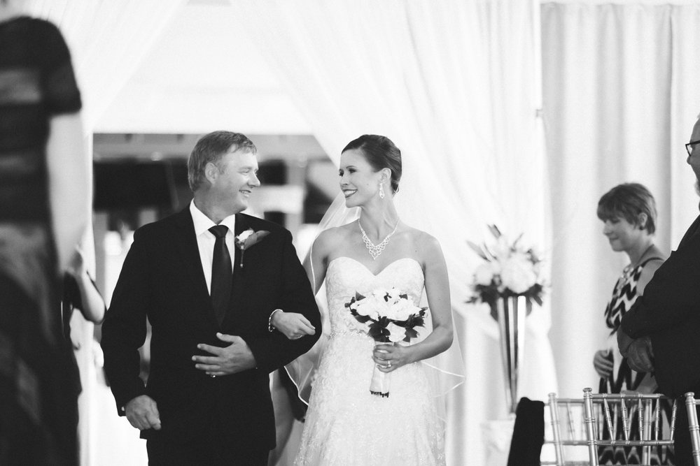 43-muse-event-center-wedding-minneapolis-photographer.jpg