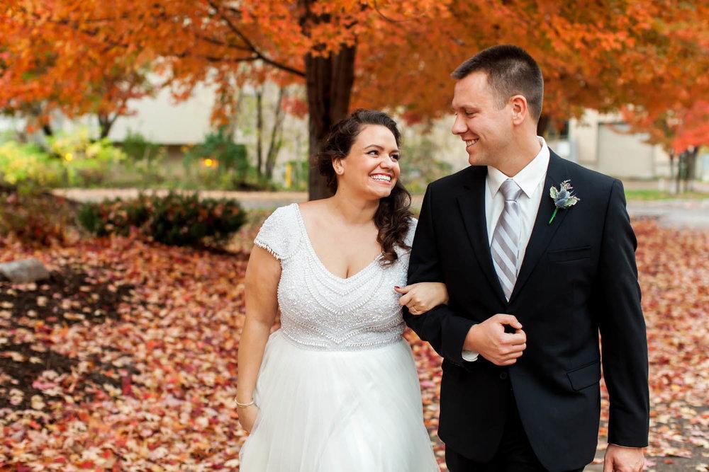 stone arch bridge wedding photos