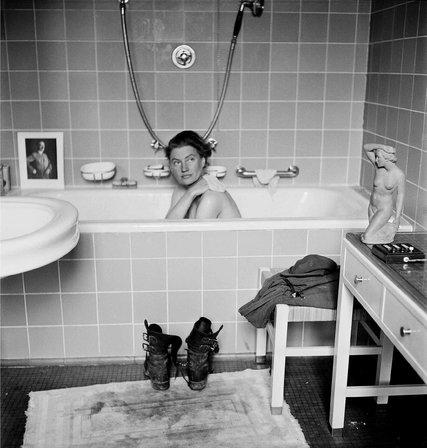 Lee Miller in Hitlers bathtub at No 16 Prinzregentenplatz Munich April 30th 1945