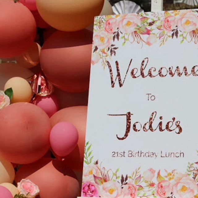 Jodie's 21st Birthday! 💐  Our welcome signs are fully customisable to your desired theme. #eventplanning #eventdesign #eventstylist #gardenparty #manchestereventplanner #eventos #manchester #eventdecor #balloonarch #partydecorations #manchester #stockport #boho #florals #birthdays #bridalshower #engagement #partyinspo #21st #babyshower #dessert #birthdaycake #cupcakes #events #manchesterevents #desserttable #eventphotography #eventprofs #welcomesign #manchesterbusiness