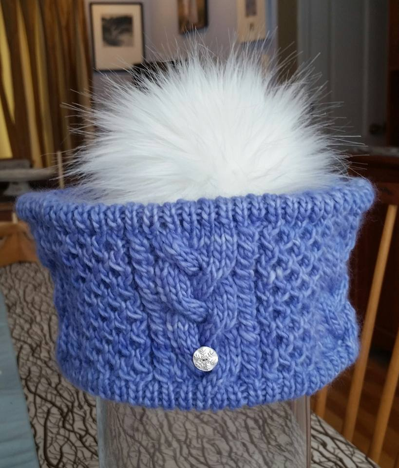 Flake Hat with fine silver snowflake button