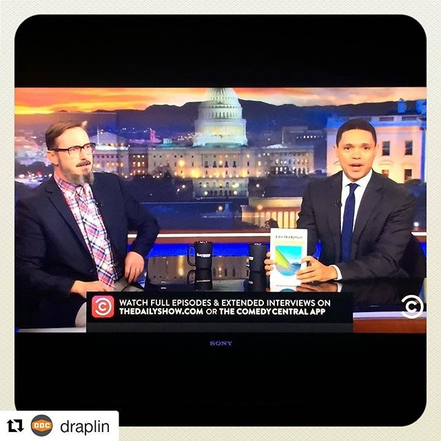 "Portland's own @draplin designed the cover for John Hodgman's new book. Very cool. Congrats // #Repost @draplin STAYING UP PAST MY BEDTIME: To see @johnhodgman on @thedailyshow talking up his new book ""Vacationland"" with @trevornoah! And please, get a good look at that cover. The DDC had a little something to do with it. Good form, Mr. Hodgman, good form. #clients #buddies #comedians #coolmoments #thicklines"