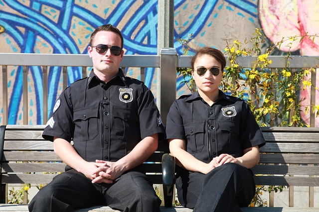Police man and woman - P 640.jpg