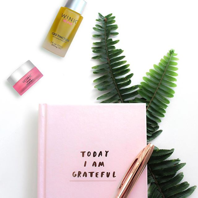Need some #2019 resolution inspo? 📝 - Start a gratitude journal - Lot's of CBD - Make self-care a priority  Link in bio. #LoveAtFirstWINK