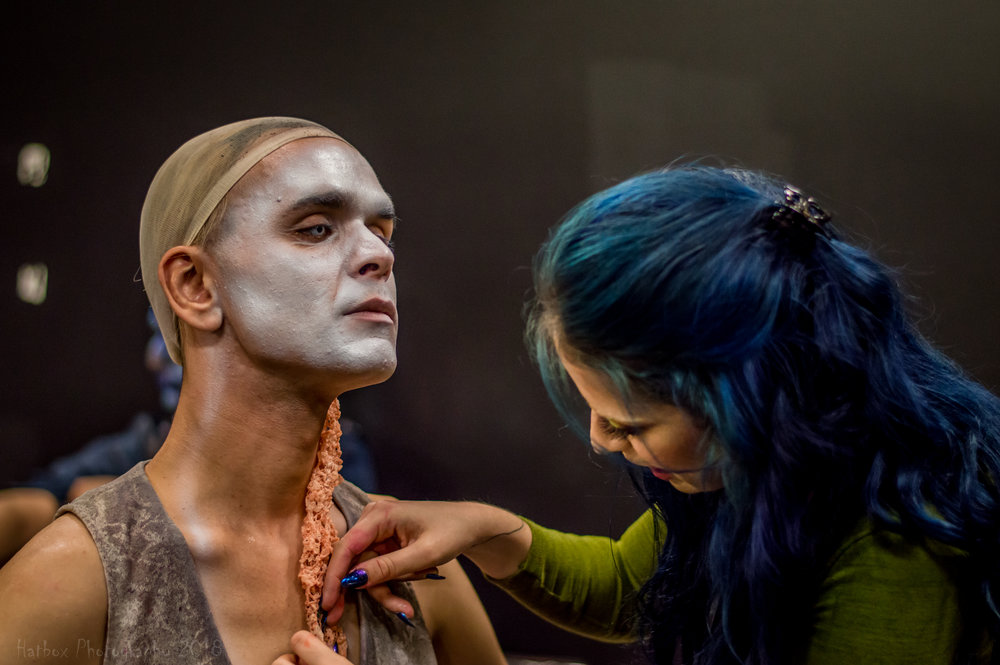 The Ringmaster himself Andrew Diego having a neck appliance applied by Mary MacIntyre.  @andreshdiego and @marymacmua on Instagram.
