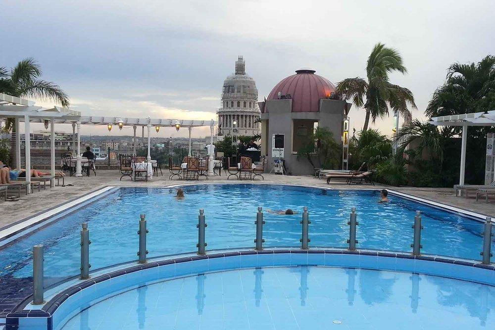 rooftop_pool.jpg