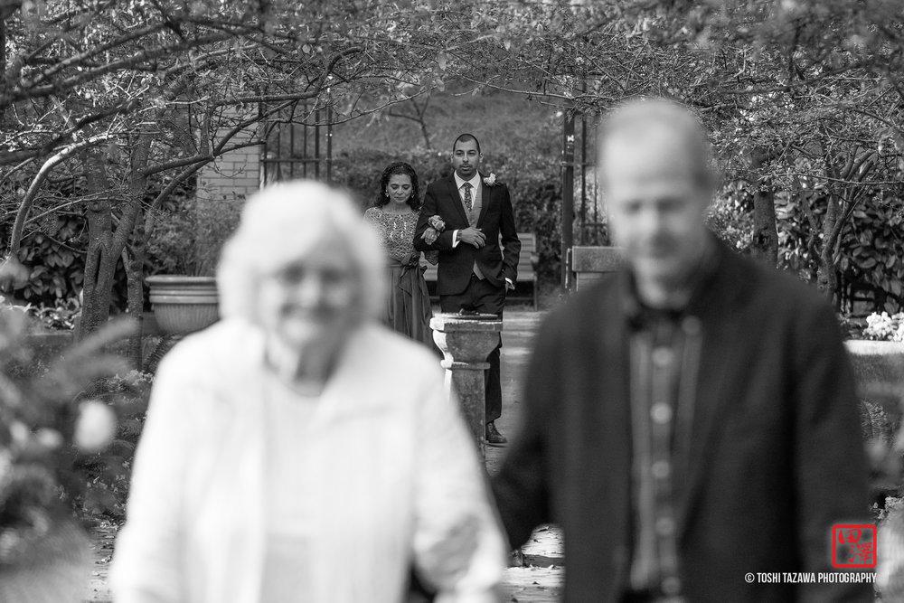 20161105 Jamie & Mannie San Francisco Golden Gate Park Shakespeare Garden Wedding - Toshi Tazawa Photography-10.jpg