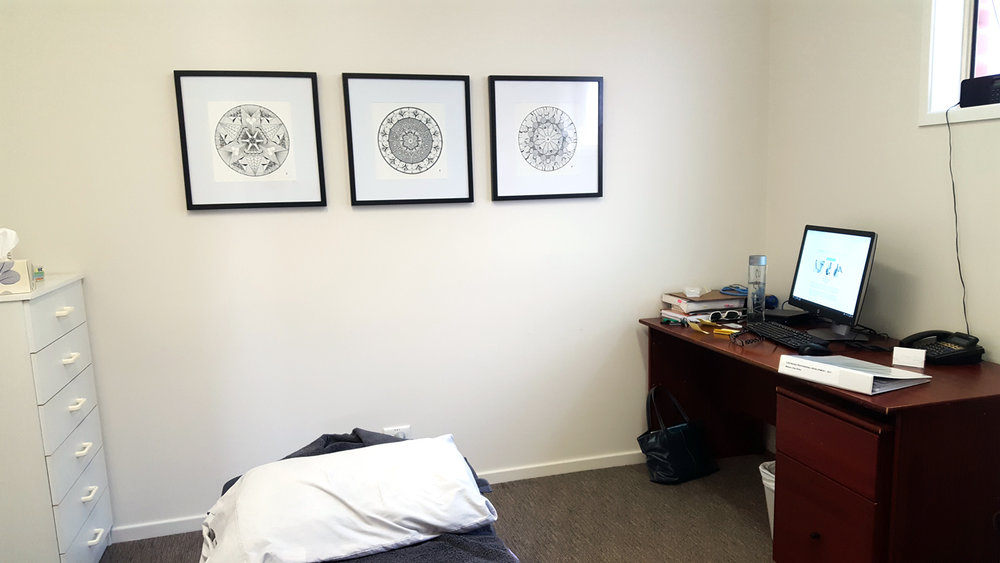 medical-artwork-display-northern-beaches