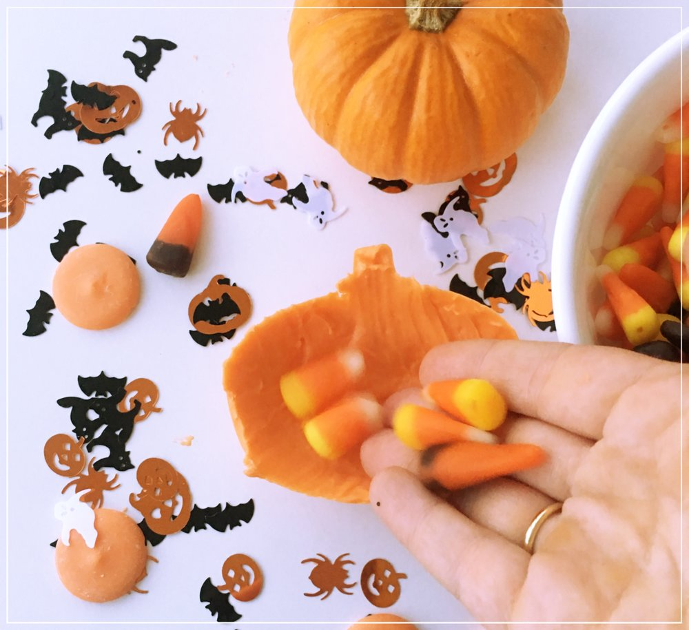 DIY Jack-O'-Lantern Chocolate Surprise 3.jpg