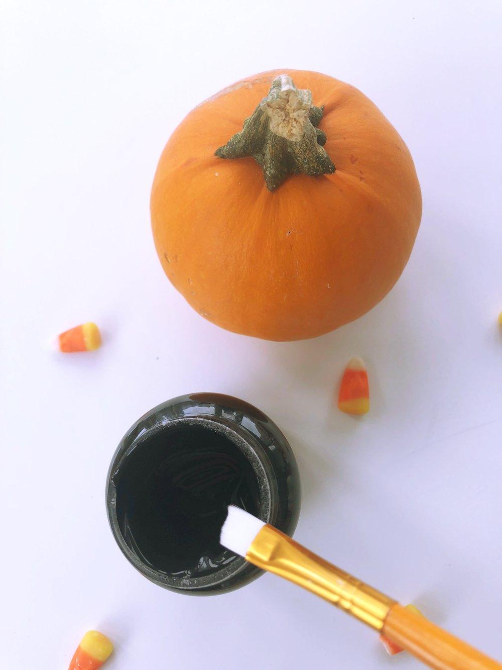 Chalkboard Paint Pumpkin 2.jpg