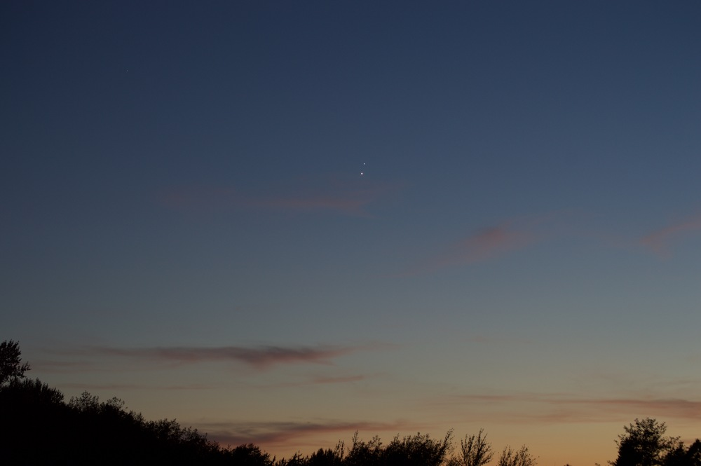 Venus (bottom) and Jupiter (top) conjunction. (Photo credit: Matt Greenstreet)