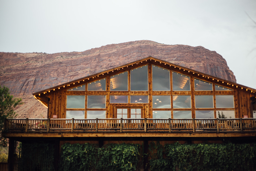 Red Cliffs Lodge wedding venue destination wedding Moab Utah