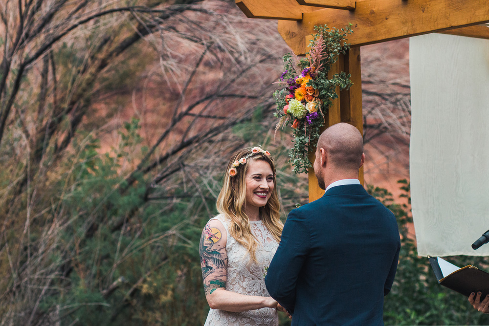 Destination wedding ceremony Red Cliffs Lodge Moab Utah
