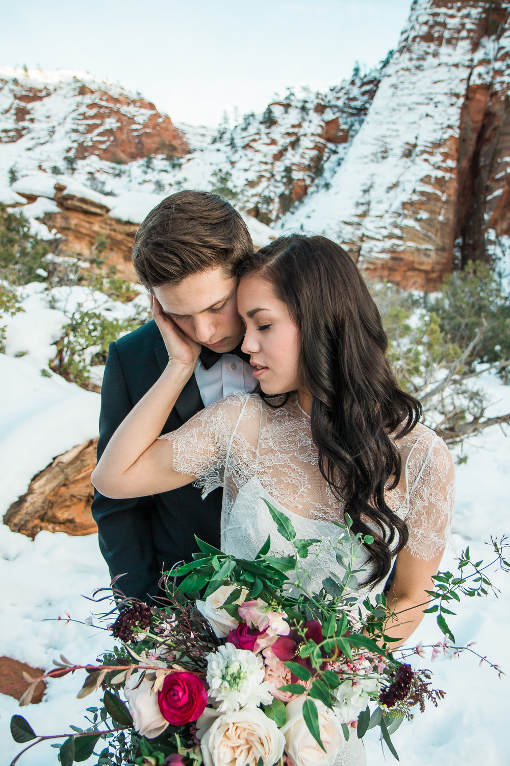 Elope in Zion National Park winter in Utah