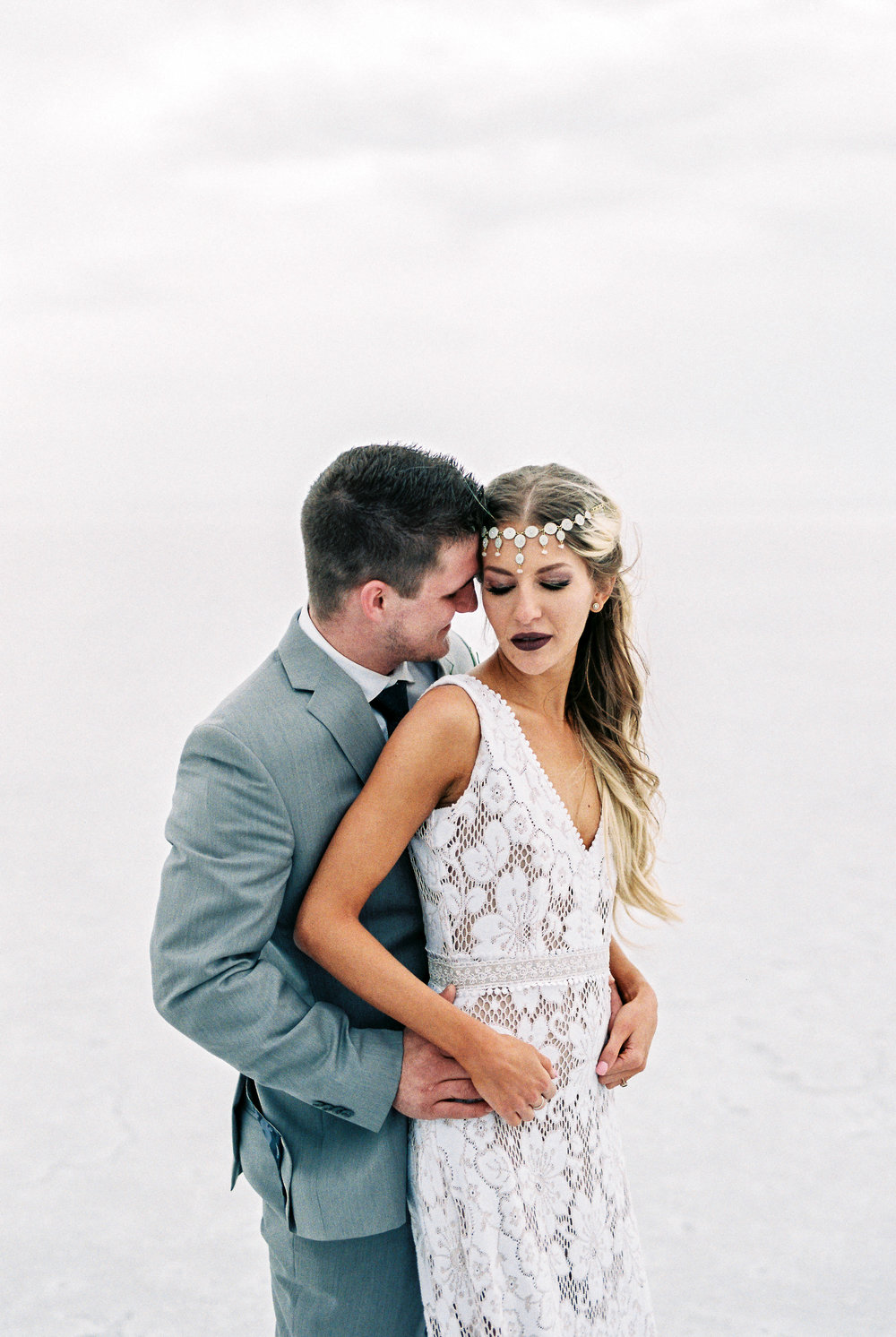 Bonneville Salt Flats elopement in Utah