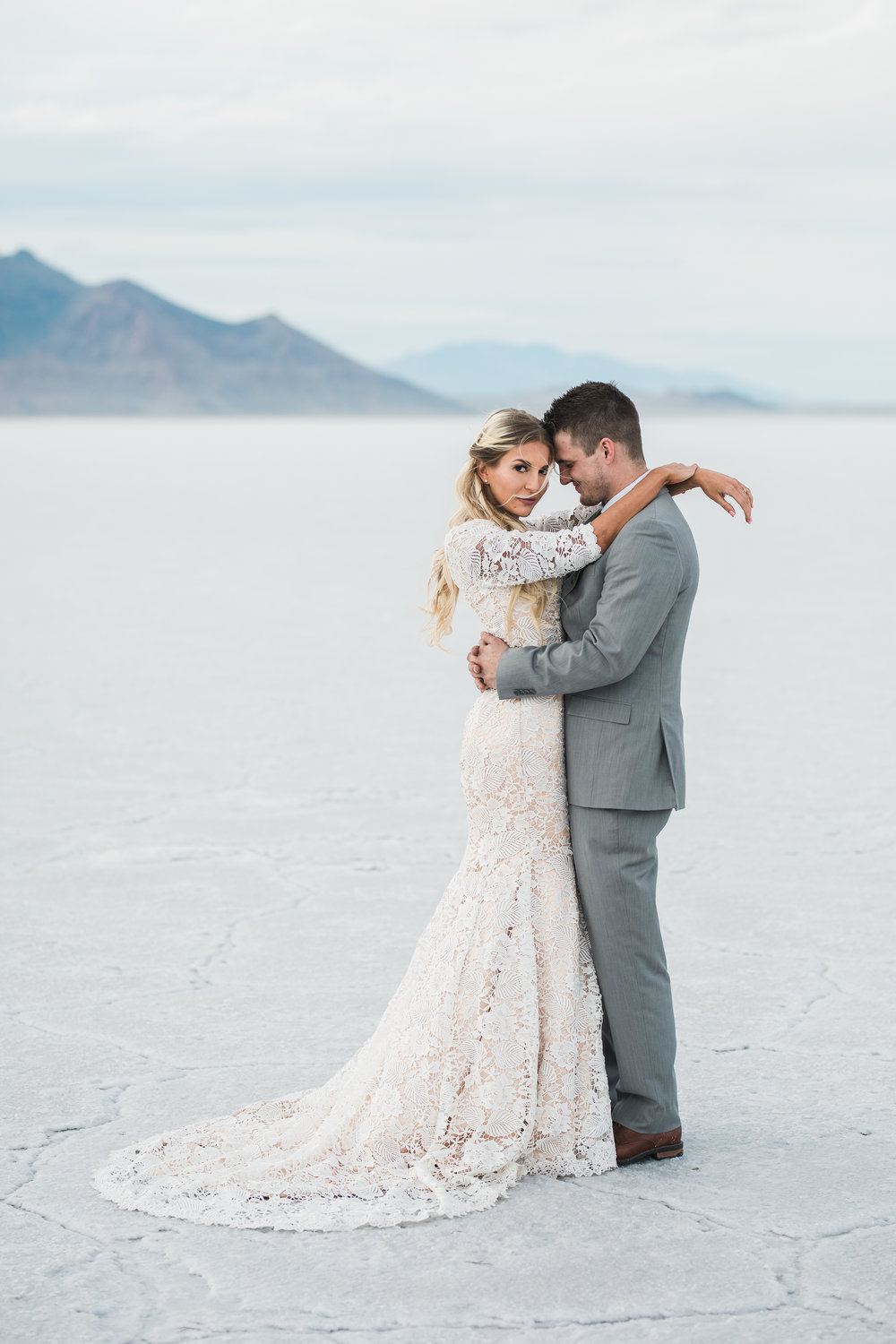 Bonneville salt flats bridals elizabeth cooper wedding dress