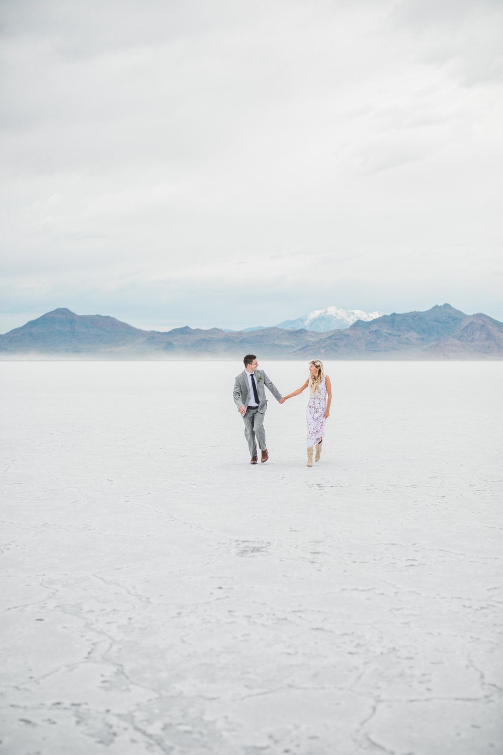 Bonneville Salt Flats adventure elopement photographers Kyle Loves Tori Photography