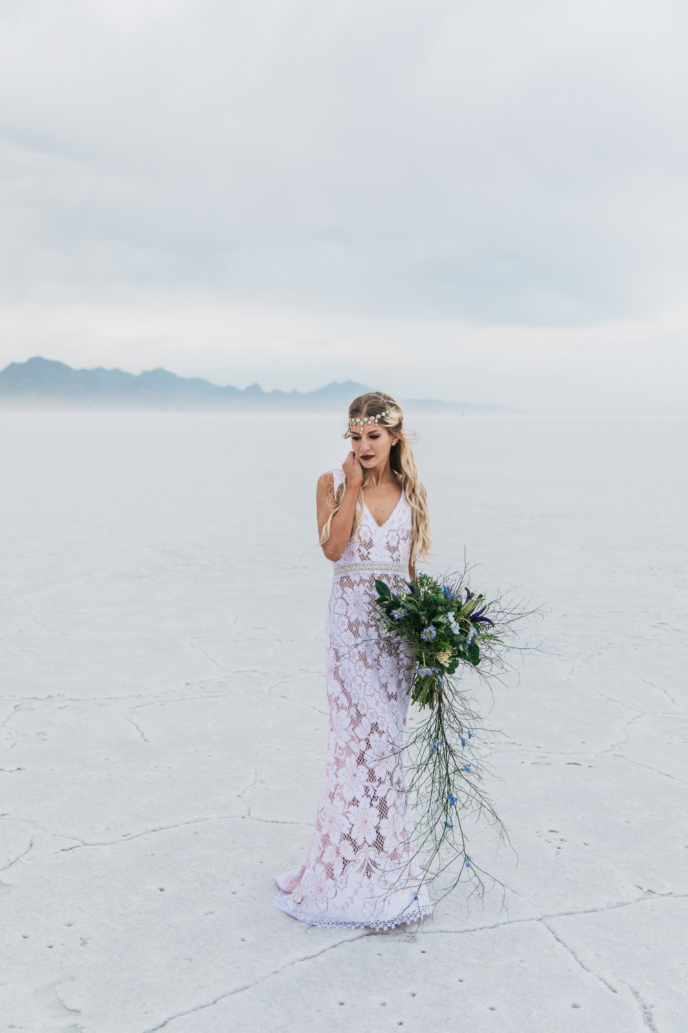 Utah Adventure Bridal Portraits Bonneville Salt Flats