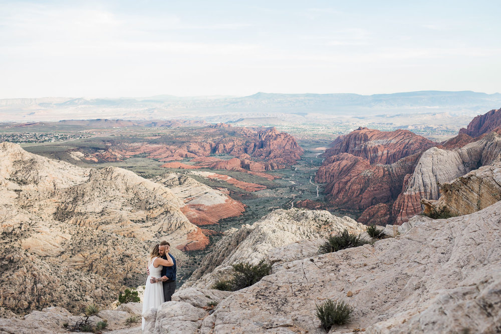 Epic Adventurous vow renewal anniversary photography St. George