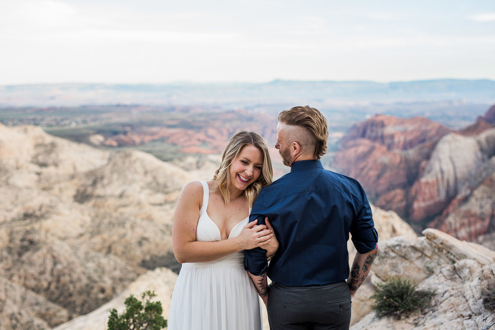 Couple renew their wedding vows with an epic view in Southern Utah near Zion National Park