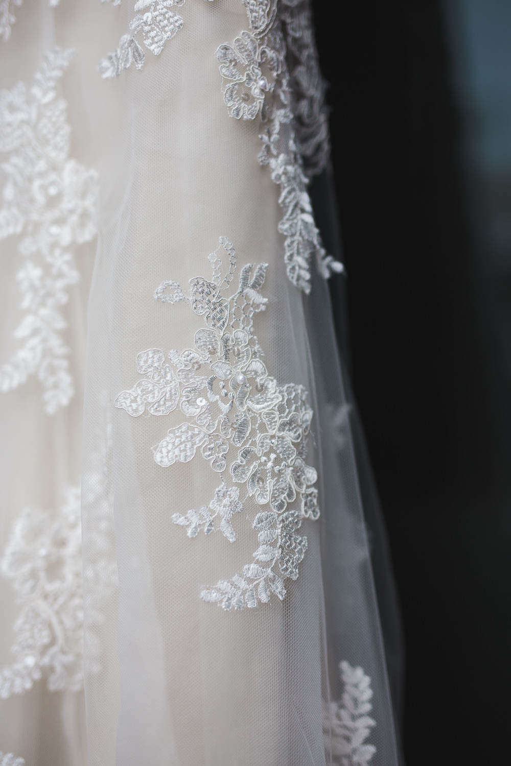 Maggie Sottero wedding dress details Kyle and Tori Sheppard