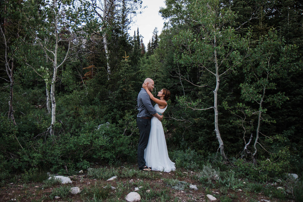 Big-Cottonwood-Canyon-Mountain-Vow-Renewal-Utah-KyleLovesTori-023.jpg